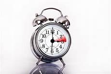 Wann Wird Die Uhr Umgestellt Zeitumstellung Im M 228 Rz 2020