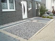 Garageneinfahrt Gestalten Kies - einfahrt gunstig gestalten garagenzufahrt gestalten