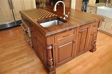 Furniture Quality Kitchen Islands by Ideas For Creating Custom Kitchen Islands Cabinets By Graber