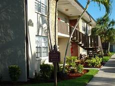 Low Income Apartments In Miami Gardens by Affordable Apartments In Ft Myers Fl Country View