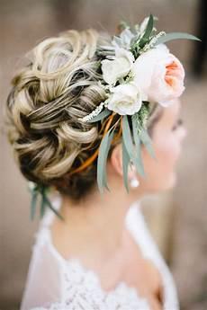 Wedding Hairdos With Flowers