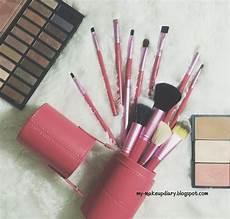 Merk Make Up Bagus Harga Terjangkau brush makeup murah bagus saubhaya makeup