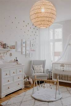 baby schlafzimmer cocos babyzimmer wickelkommode kidsmill babybett oeuf