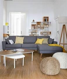 coussin deco salon 1001 variantes de salon gris et jaune pour vous inspirer