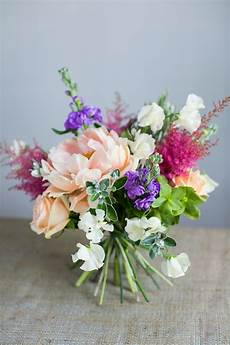diy spring bouquet tutorial with peonies