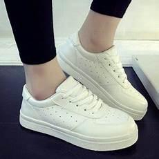 jual sepatu kets putih polos koleksi sepatu kets manis di lapak summer etalase summer