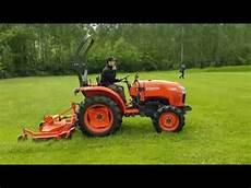 miniciągnik kubota l1361 podczas kubota tractor show 2017