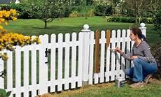 Barriere De Jardin R 233 Nover Une Barri 232 Re En Bois Menuiseries Ext 233 Rieures