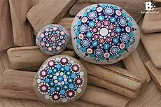 Bemalte Steine Kaufen - diy mandala stones tutorial colorful crafts