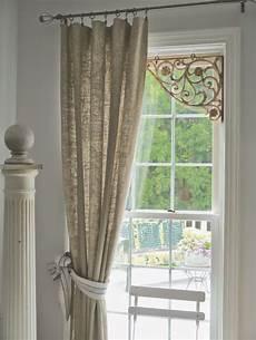 Shabby Chic Bedroom Window Treatments Information