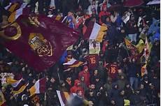 panchina roma panchina roma striscione razzista contro mihajlovic