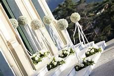 fiori per matrimonio addobbi floreali per la chiesa matrimonio hoa cuoi nel