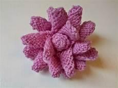 fiori di ai ferri valli handmade fiori a maglia ai ferri e all uncinetto