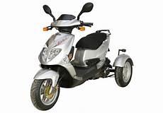 pgo tr3 trike dreirad roller scooter 25 km h silber
