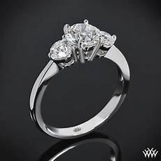 18k white gold trois brilliant 3 stone engagement ring