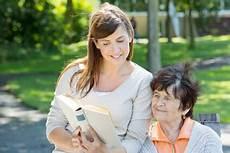betreuung dementer demenz krankheit und pflegegrad bei demenz