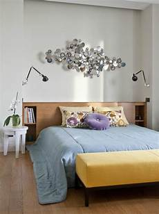 Schlafzimmer Dekorieren Modern - wandgestaltung braun schlafzimmer dekorieren wand skulptur