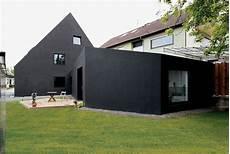 minimalistische kleine häuser scherenschnitt haus schwarzes haus modernes
