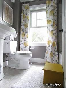 Grey Yellow Bathroom Ideas by Really Gray And Yellow Bathroom With Vintage Style