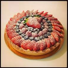 torte alla frutta decorate best 39 torte decorate con la frutta ideas on pinterest cakes conch fritters and fruit cakes