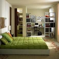 Schlafzimmer B 252 Ro In Einem Raum
