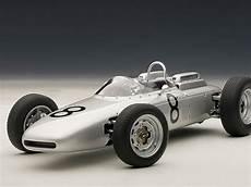 Die Cast Autoart F1 Porsche 804 Savage On Wheels