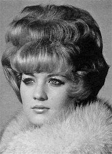 hair on pinterest big hair helmets and 1960s 350 best images about big hair on pinterest 60s hair dolly parton and 1960s