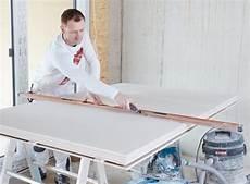 rigipsplatten mit dämmung trockenbauplatte habito rigips richtig verarbeiten