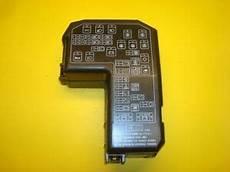 98 volvo truck fuse box 97 98 99 00 01 02 03 mitsubishi diamante fuse box relay cover 3 5l a t v6 oem ebay