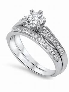 center cubic zirconia wedding engagement ring