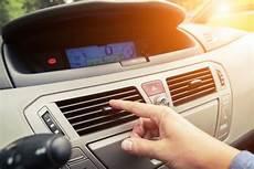 Feuchtigkeit Im Auto Professionell Beseitigen