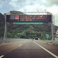 geschwindigkeit autobahn italien autofahren in italien was muss ich beachten