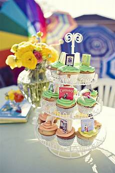 classic children s book party ideas cupcakes with tiny children s books on them adorable make blank mini books out of paper