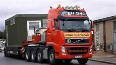 camions convoi poids lourds volvo fh