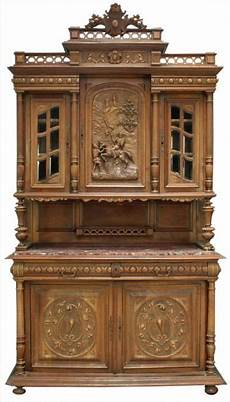 meuble de style antique renaissance henry ii buffet shield