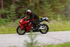 motorrad versicherung schutz f 252 r ihr zweirad autowelt
