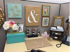 Decorating Ideas For Office Cubicle by Cubicle Decor Organization In 2019 Office Space Decor