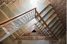 treppenhaus tapezieren ideen treppenhaus tapezieren 187 diese kosten kommen auf sie zu