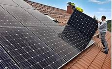 wie funktioniert eine photovoltaikanlage mit stromspeicher