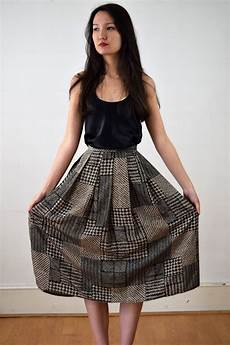 1980s skirts and hairstyles miniola vintage 1980s skirt in brown and black print with pockets