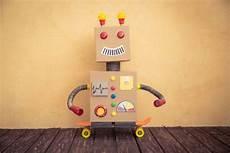 materiales hacer un robot c 243 mo hacer un robot reciclado paso a paso juguetes