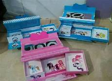 Earphone Headset Karakter Box jual kotak tempat pensil pakai kode angka gambar hologram