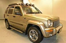 sell used 2004 jeep liberty renegade manual cd player