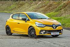Renault Clio Rs 220 Edc Trophy 2017 Review Cars