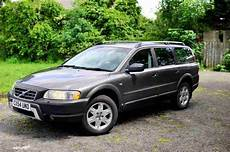 hayes car manuals 2005 volvo xc70 security system service manual electronic stability control 2004 volvo xc70 electronic valve timing volvo