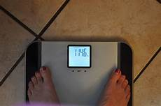 eatsmart precision tracker digital bathroom scale
