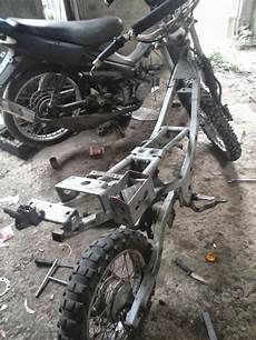 Satria 2 Tak Modif Trail by Modifikasi Trail Suzuki Satria 120 R Thecitycyclist