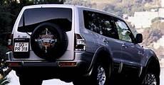 how cars run 2000 mitsubishi pajero engine control mitsubishi pajero 2000 2003 reviews technical data prices