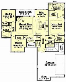 1800 sf house plans traditional style house plan 3 beds 2 5 baths 1800 sq ft