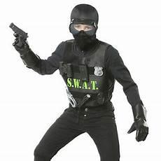 Ausmalbilder Polizei Spezialeinheit S W A T Kinder Kost 220 M Karneval Polizei Swat Sek Jungen